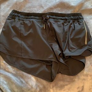 Lululemon Hotty Hot shorts Black